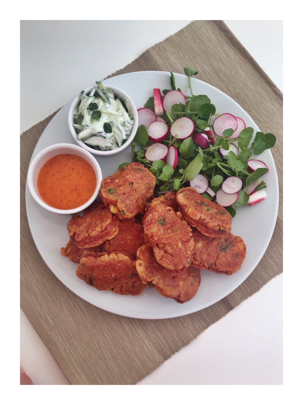 Cauliflower fritters with mint raita