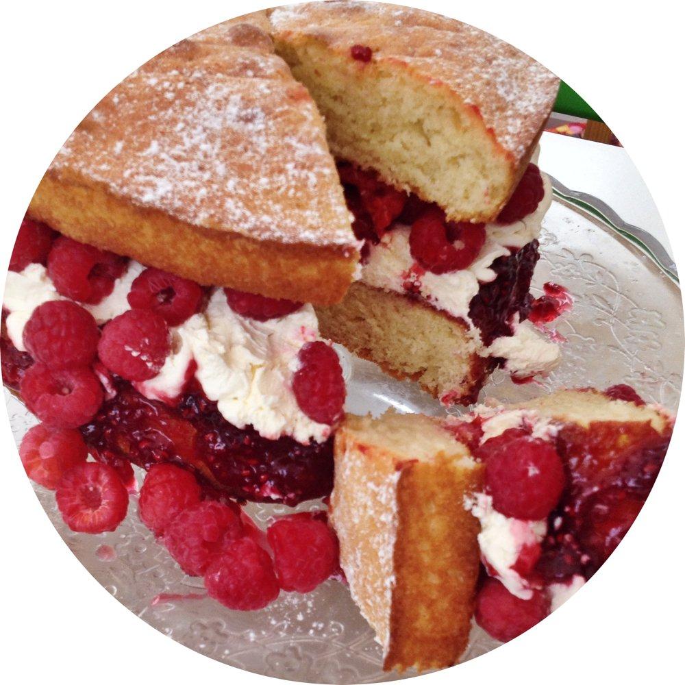 Fresh raspberries & cream Victoria sandwich cake