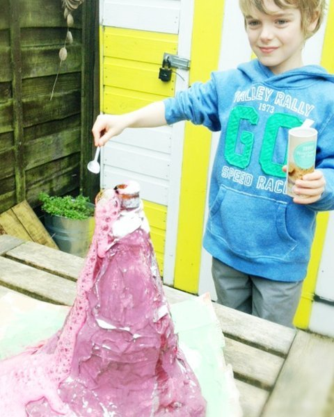 how to make real erupting volcano, how to erupt volcano, paper mache volcano, paper mache