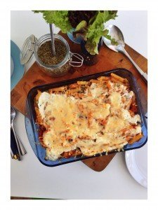 cheat's tuna pasta bake recipe, easy tuna pasta bake recipe, things to make with tuna, meal ideas with tuna, easy kids dinner, Daisies & Pie, daisies and pie
