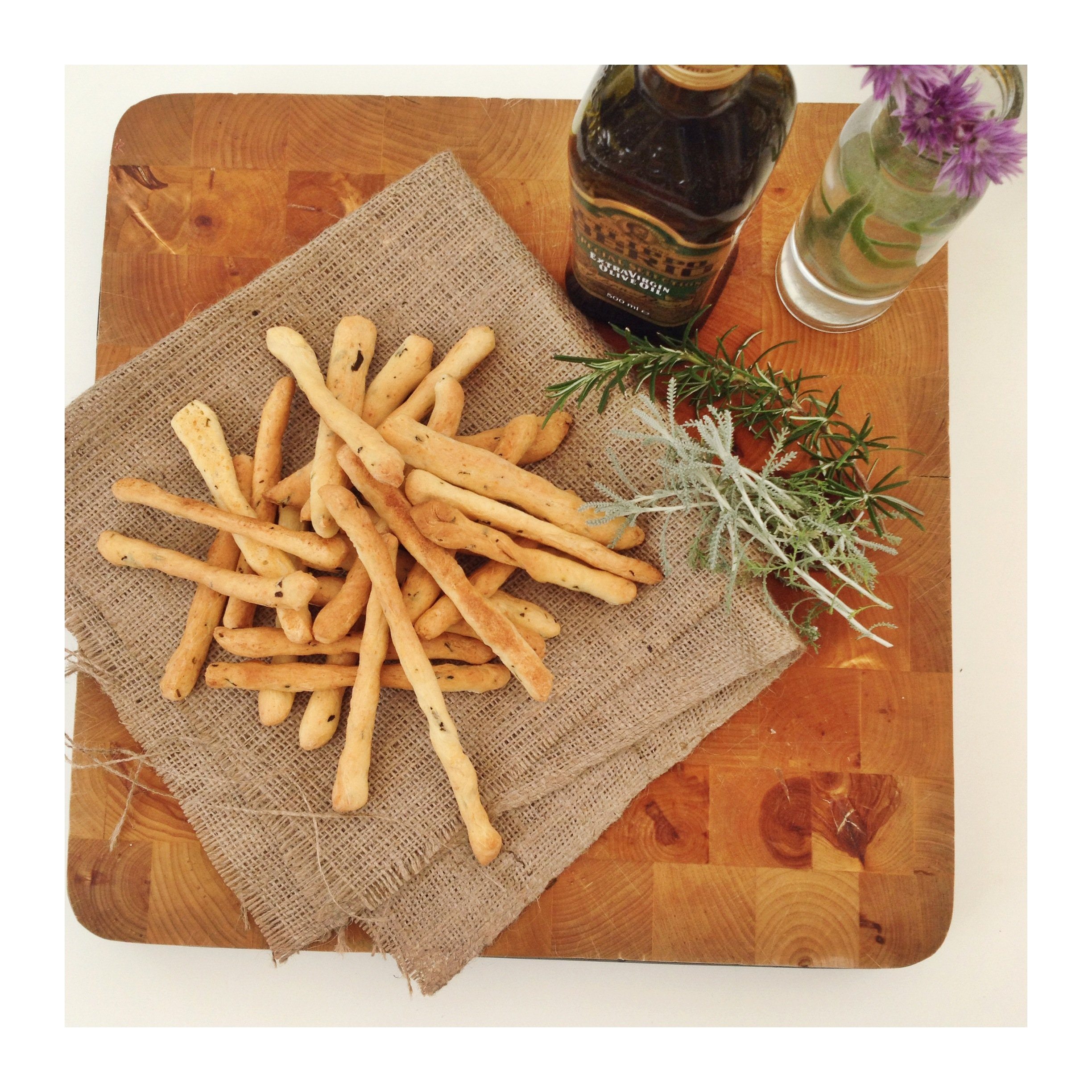 Easy cheesy breadsticks with herbs