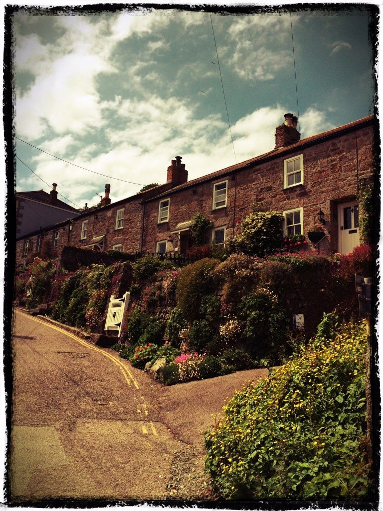 Mouseholes fishing village, cornish fisherman's cottages, places to visit in Cornwall, things to do in Cornwall, Daisies & Pie, daisies and pie