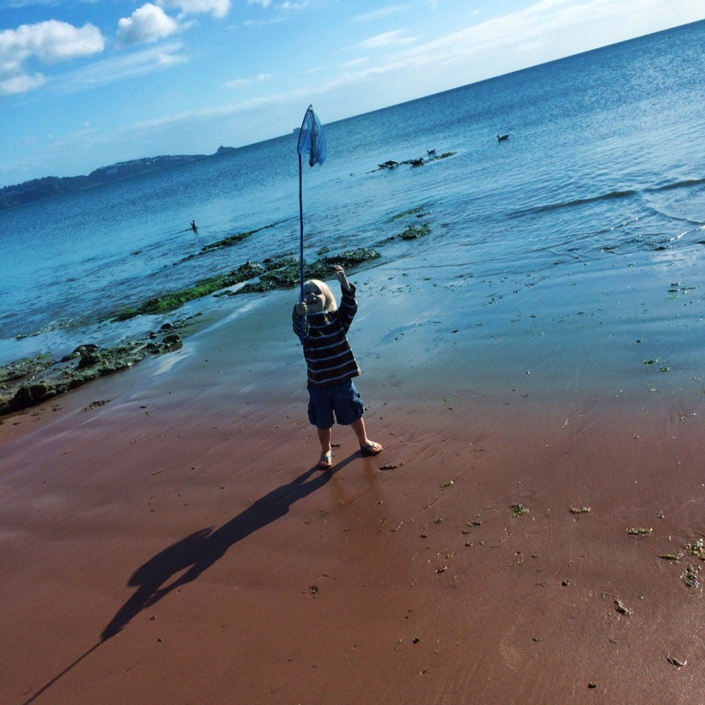 fishing, rock pooling, beach activities for kids, playing on the beach, Goodrington Sands, Torbay, Daisies & Pie, daisies and pie