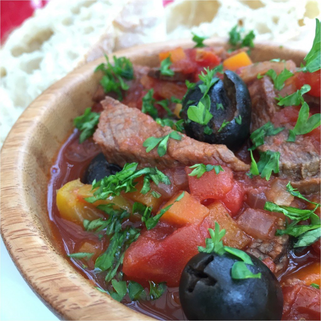 italian roast beef stew recipe, how to make beef stew, beef stew recipe, things to make with leftover roast beef, recipes for using up roast beef, daisies and pie