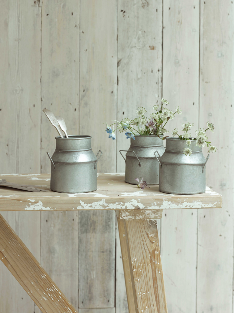 Churnie storage pots from Loaf, Ideal for home office storage or using as a vase. Inspired by milk churns a lovely addition to a work space.
