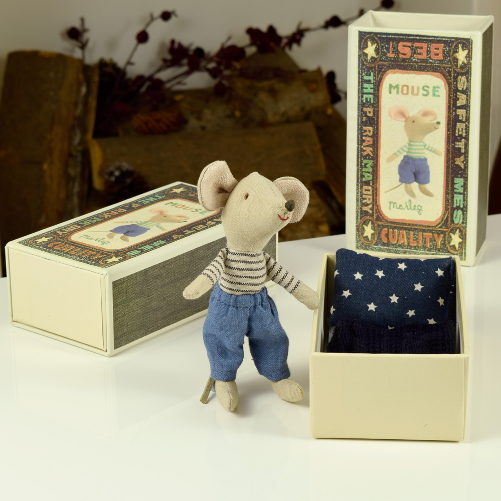 maileg big brother matchbox mouse, maileg matchbox mice, maileg matchbox mouse giveaway, white shore online gift company, daisies and pie