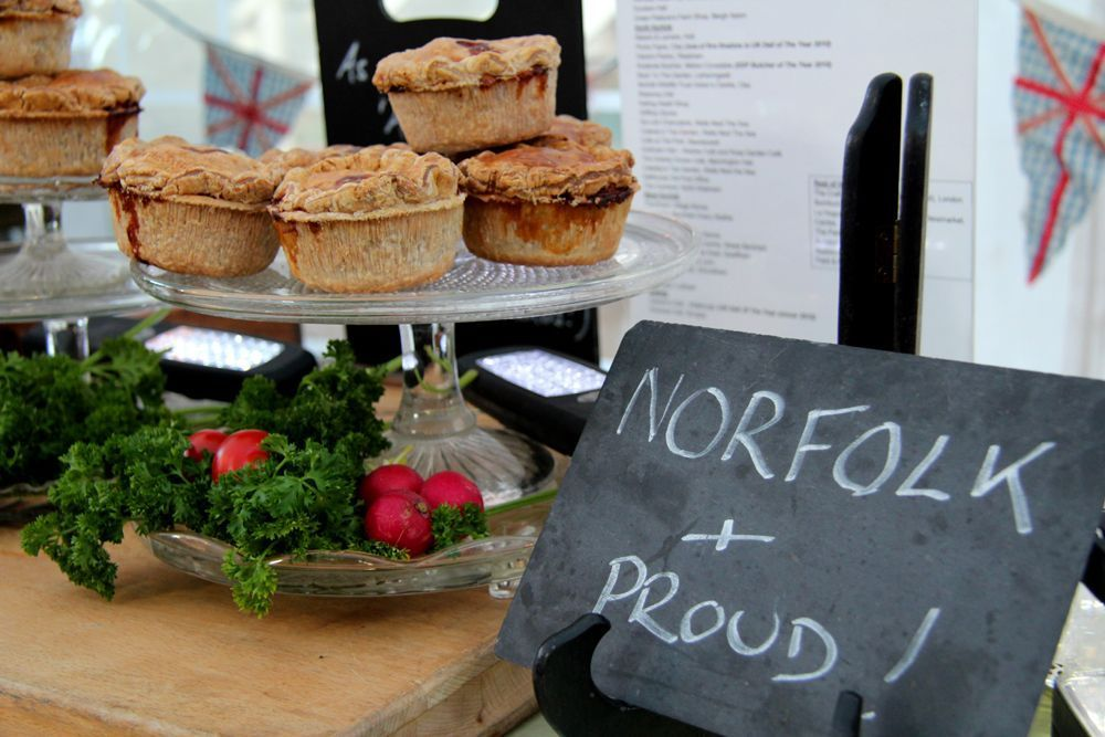 Brays cottage pork pies, artisan pork pies Norfolk, Great British food producers, daisies and pie