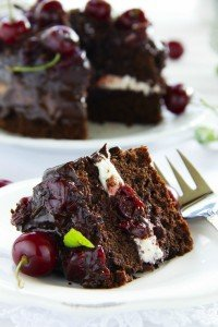 cherry chocolate cake recipe, alternative christmas day desserts, christmas from daisies and pie