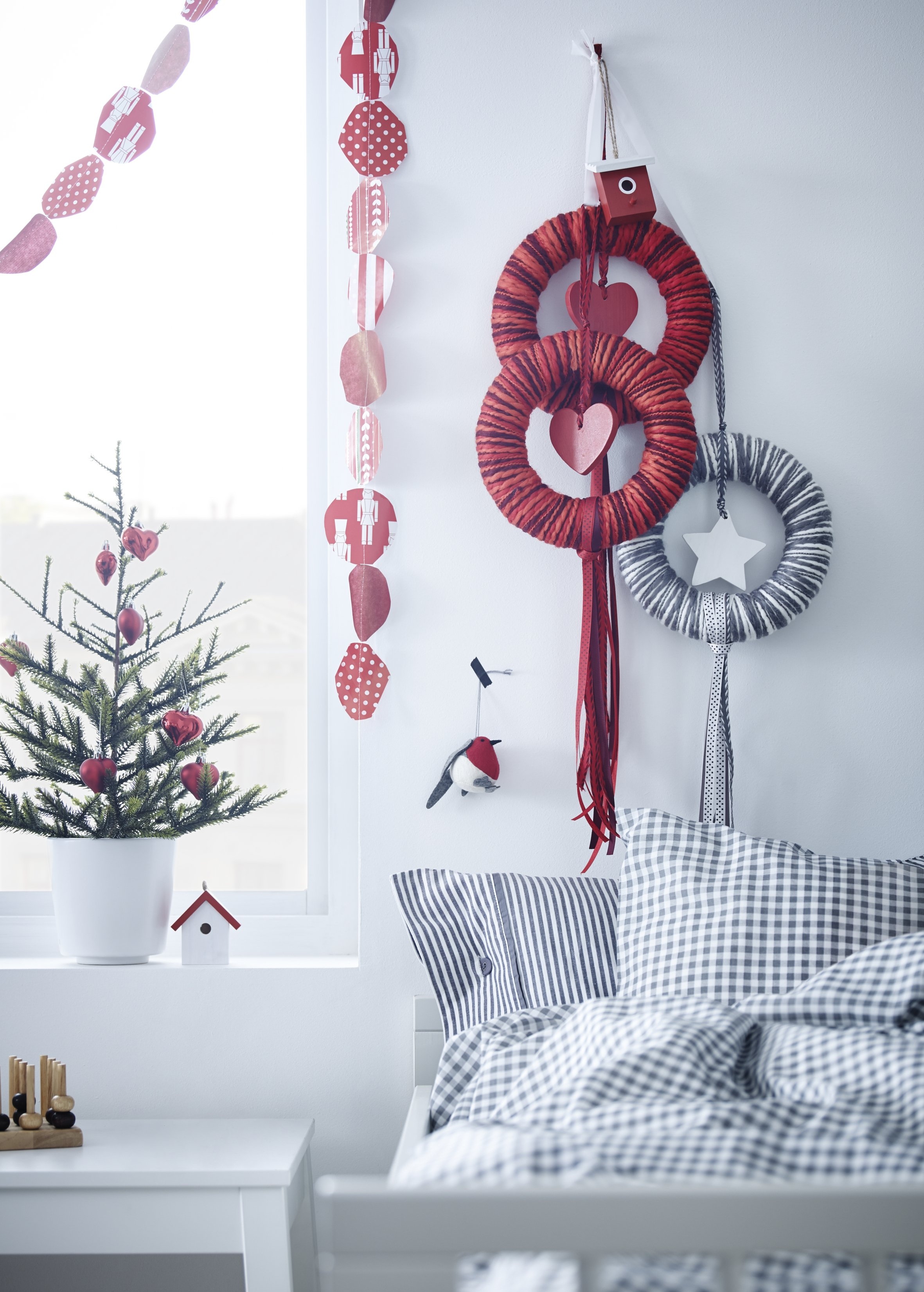 Get Cosy With Our Festive Interior Picks Daisies Amp Pie