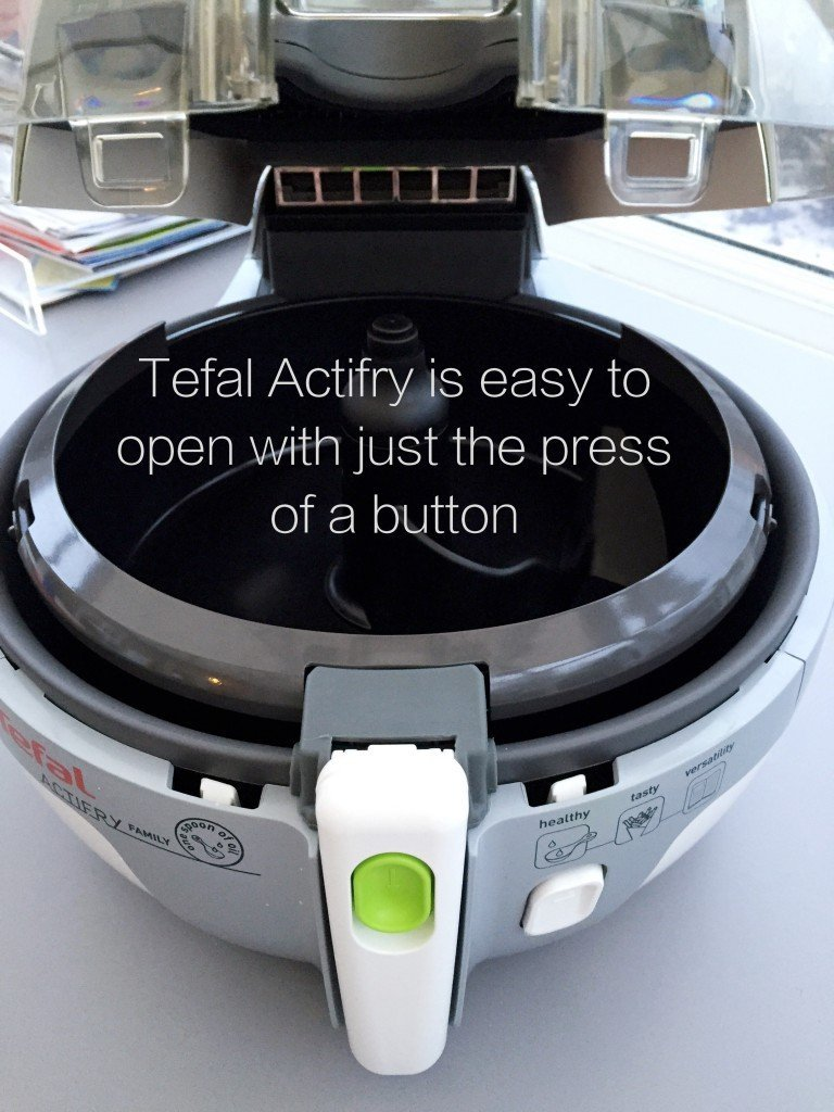 Tefal Actifry Review, Tefal actifry easy to open button, easy family food from daisies and pie