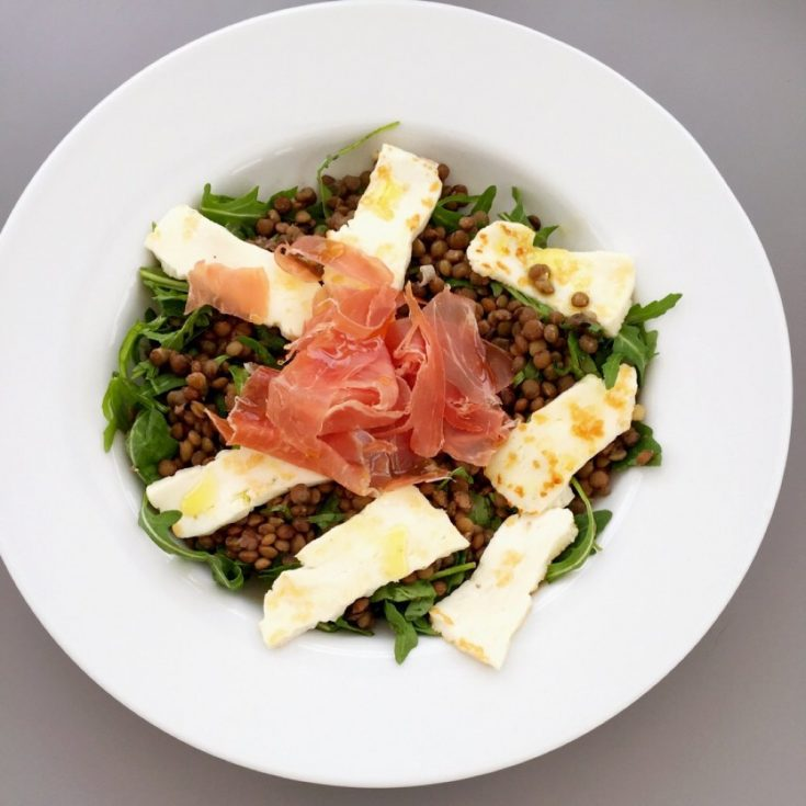 salad with lentils, halloumi and prosciutto