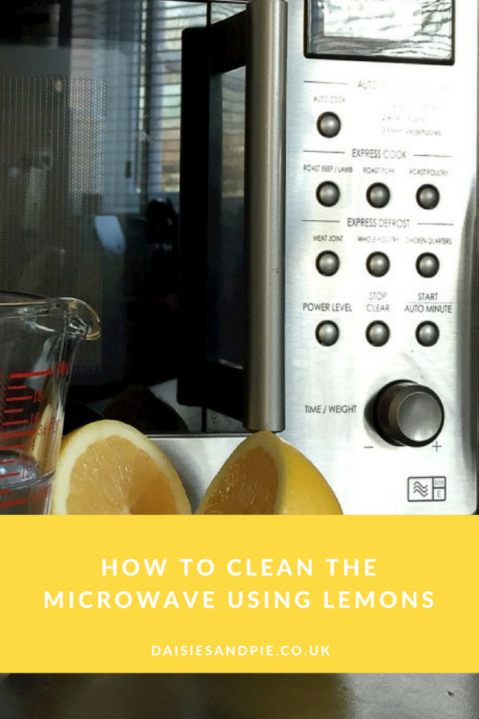 How to clean the microwave using lemons, green cleaning tips