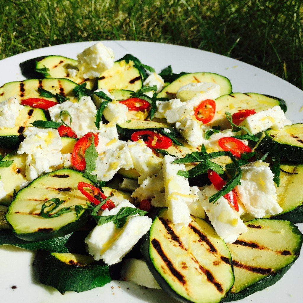 courgette and feta salad recipe, summer salad recipe, courgette recipe, things to make with courgette, BBQ side dish, easy family food from daisies and pie