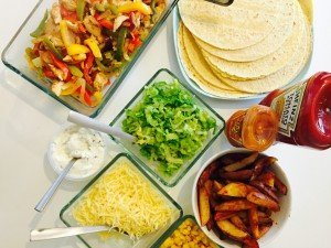 chicken fajita recipe, fajita recipe, how to make fajitas, UK food magazine, UK family food, easy family food from daisies and pie