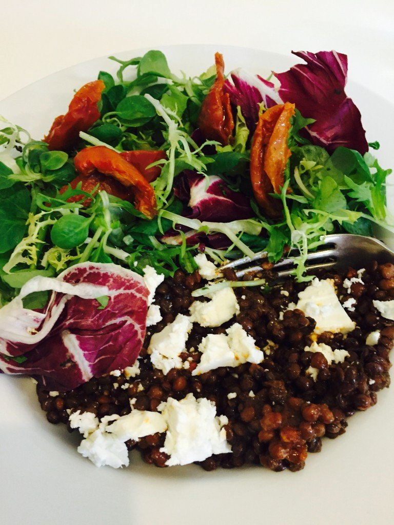 the 1 minute dinner, dinner that takes a minute, quick dinner recipe, the quickest dinner recipe, how to make a meal in minutes, healthy fast food, puy lentils and feta, easy family food from daisies and pie