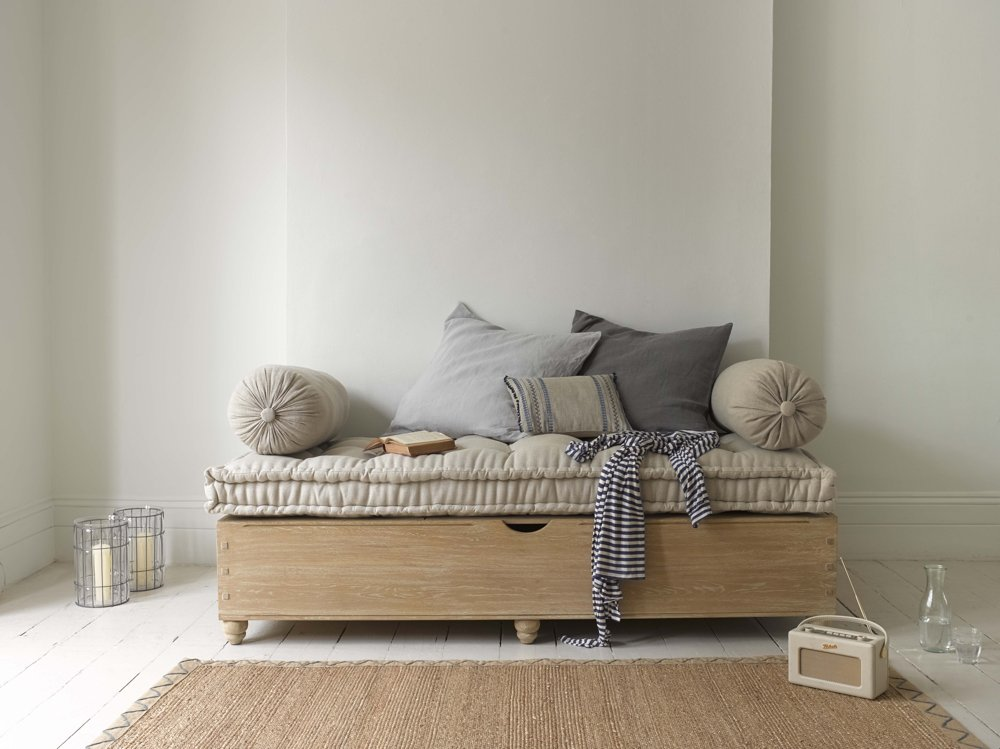 loaf jeepers daybed, wooden daybed, modern daybed, homestyle from daisies and pie