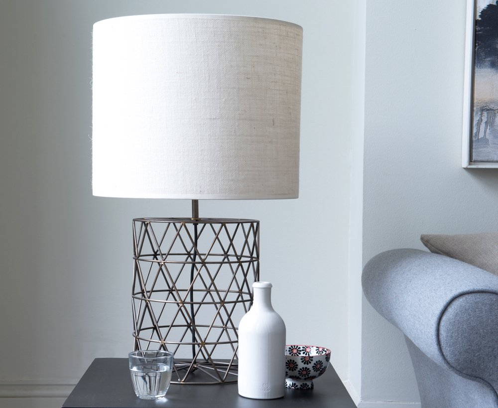 loaf shilling table lamp, metal base table lamp, homestyle from daisies and pie