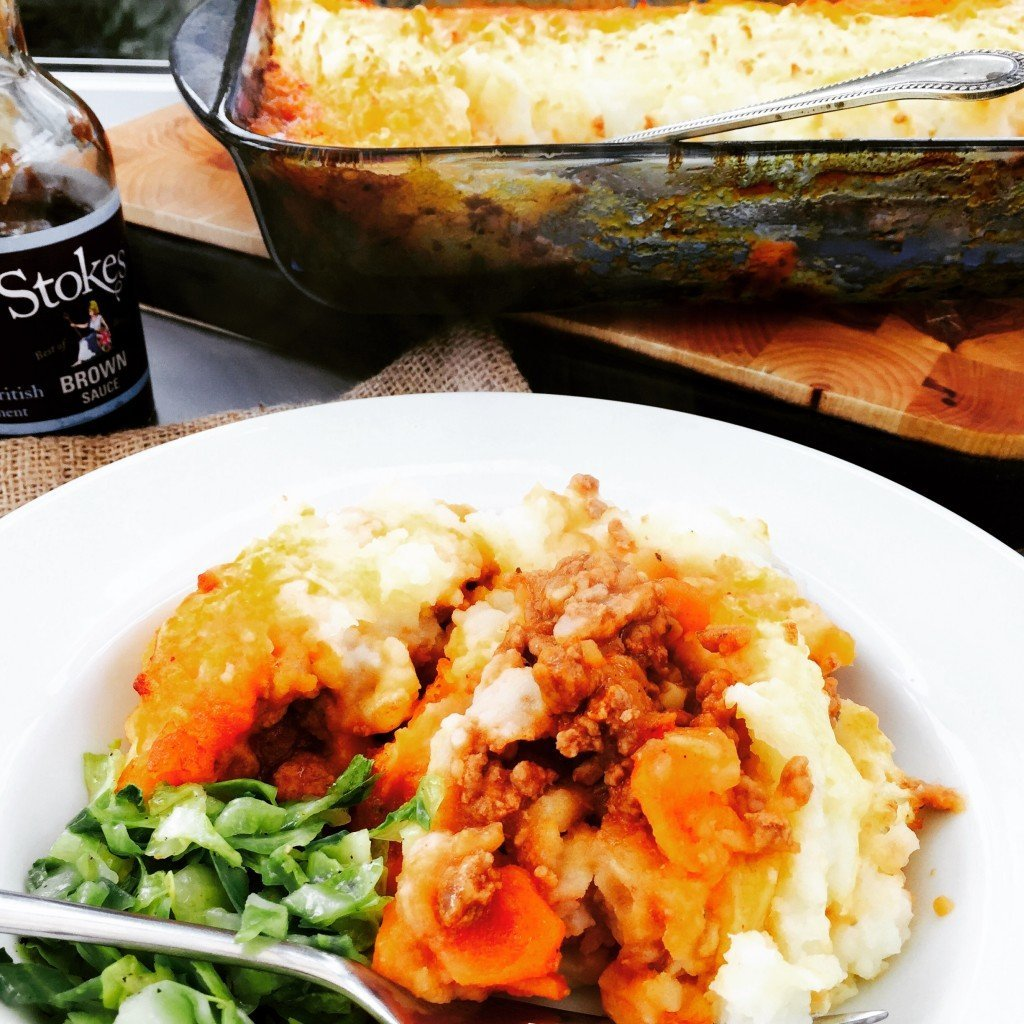 easy shepherds pie recipe, lamb mince recipe, how to make shepherds pie, easy family food from daisies and pie