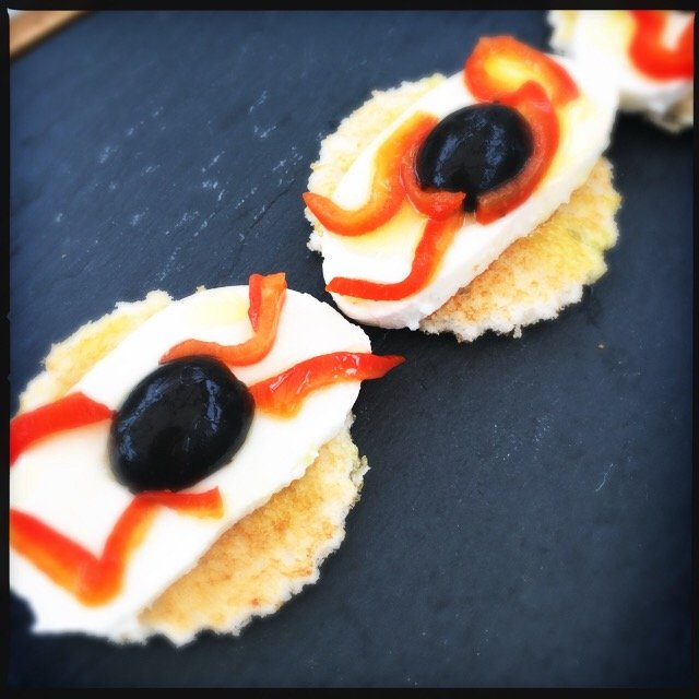 halloween party food, halloween party nibbles, halloween buffet food, italian buffet food, easy family food from daisies and pie