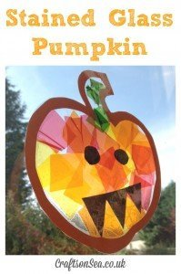 stained glass pumpkin, pumpkin sun catcher, halloween party decorations, easy halloween kids crafts