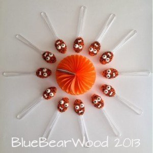 candy melt spoons, halloween chocolate spoons, homemade halloween treats, halloween party food