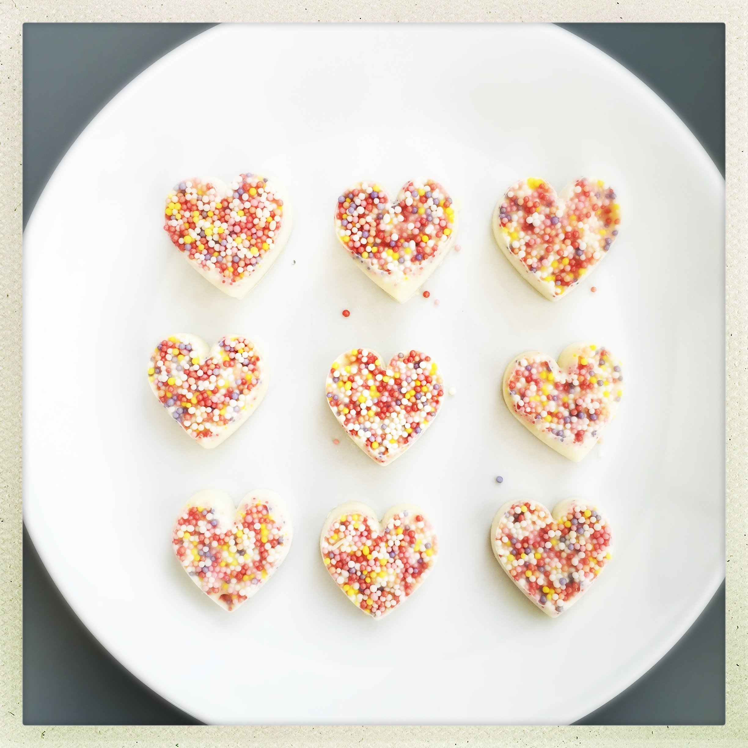 Chocolate love hearts | Daisies & Pie