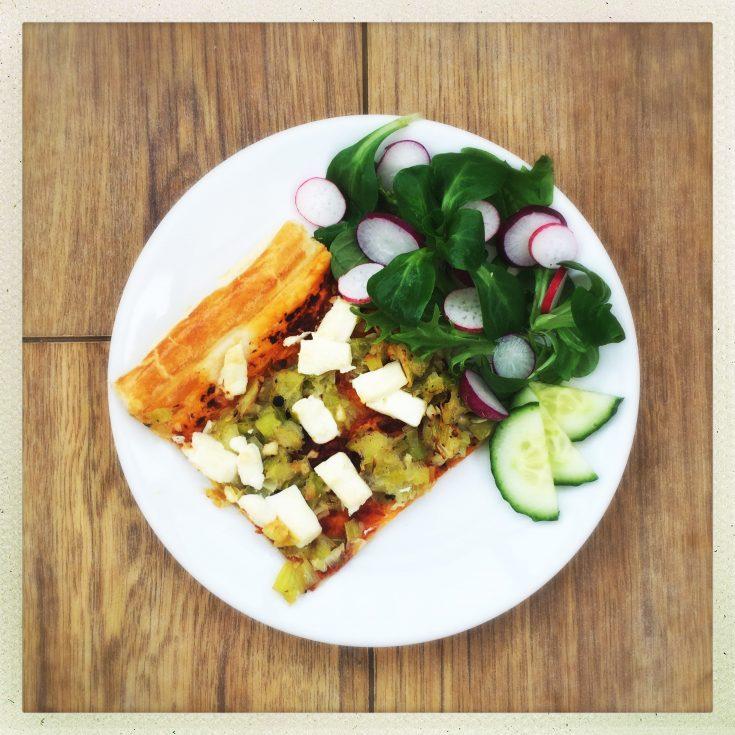 easy leek and feta tart recipe, vegetarian tart recipe, easy family food from daisies and pie