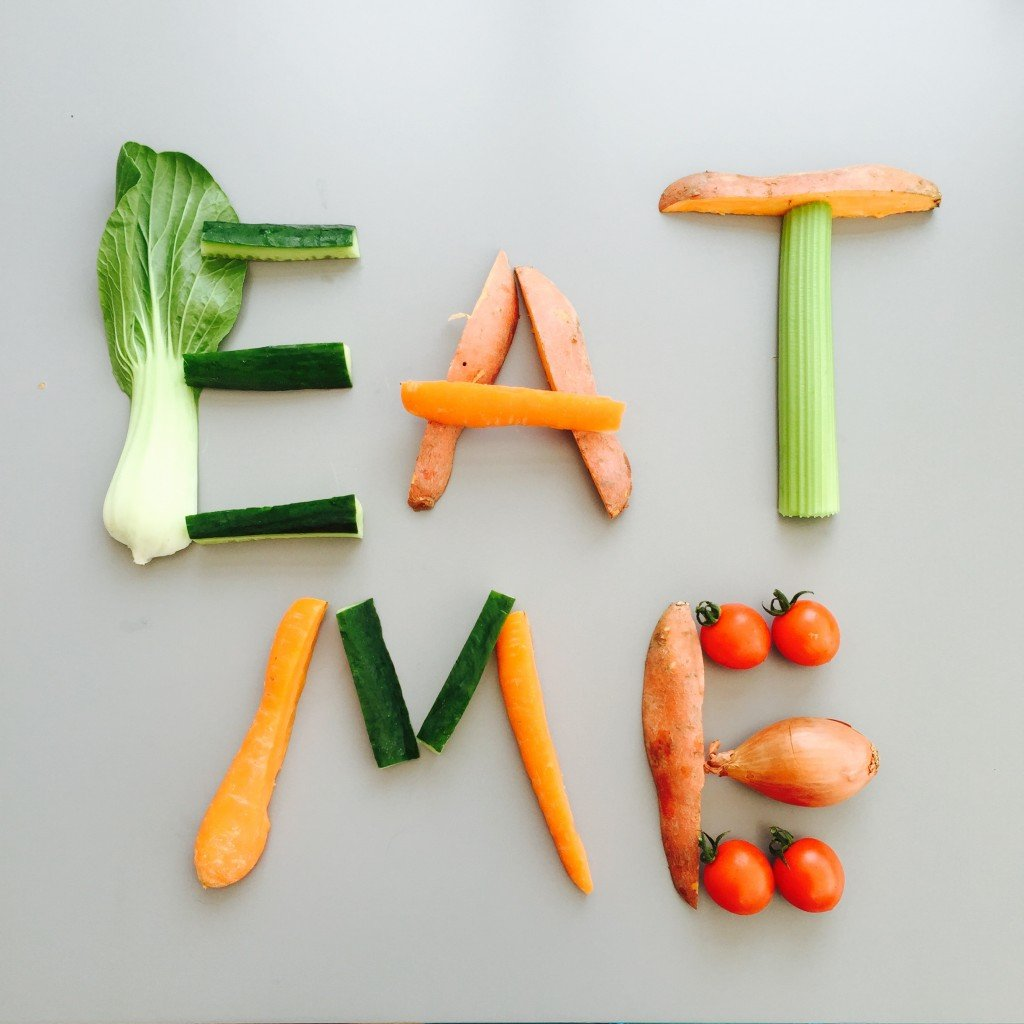 sneaking veggies into kids food, ways to get kids to eat more vegetables, how to get 5-a-day into kids, easy family food from daisies and pie