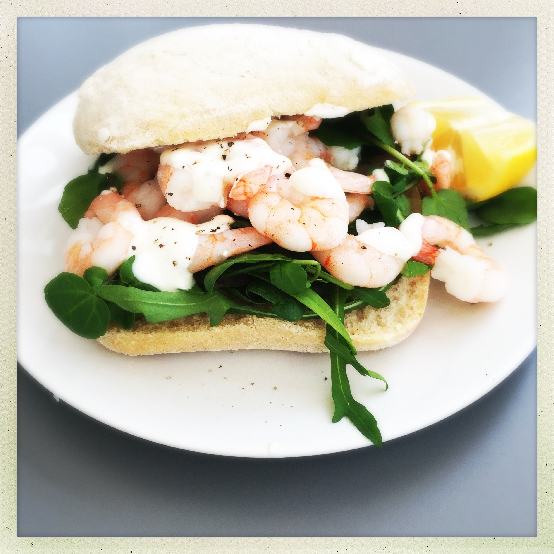 Healthy prawn sandwich with lemon yogurt dressing