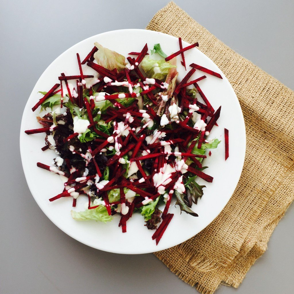 Raw beet salad with creamy lemon dressing