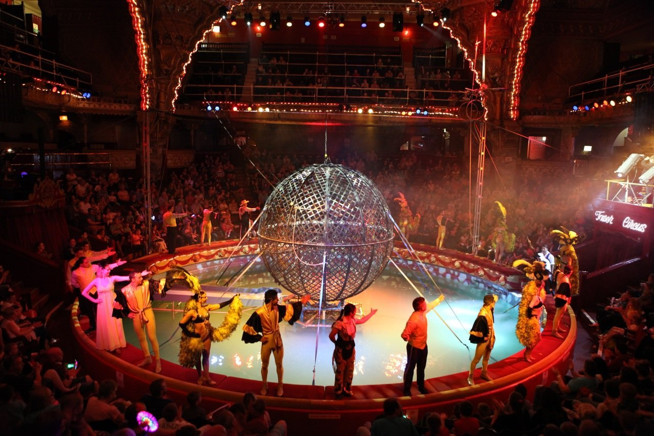 Blackpool Tower Circus ring filled with water, blackpool tower circus review