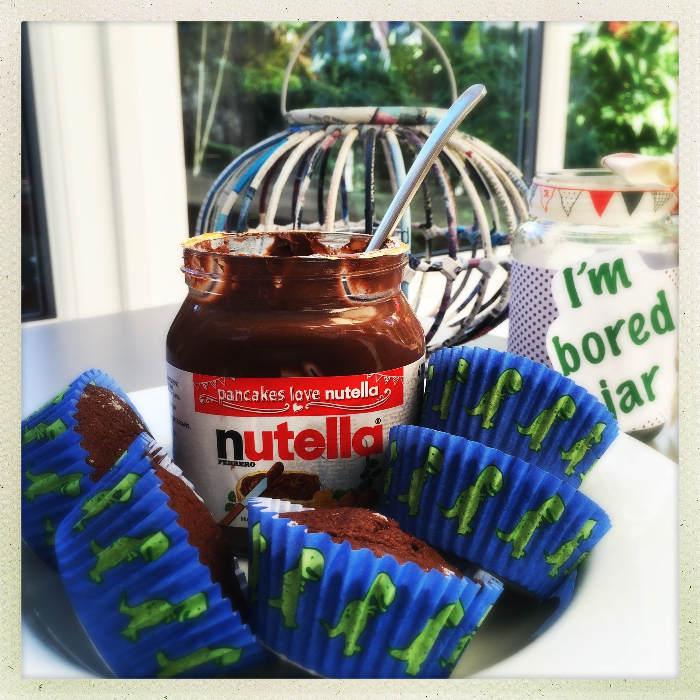easy nutella cupcakes, nutella filled chocolate cupcakes, easiest nutella cakes, cupcake recipe for kids, easy family food