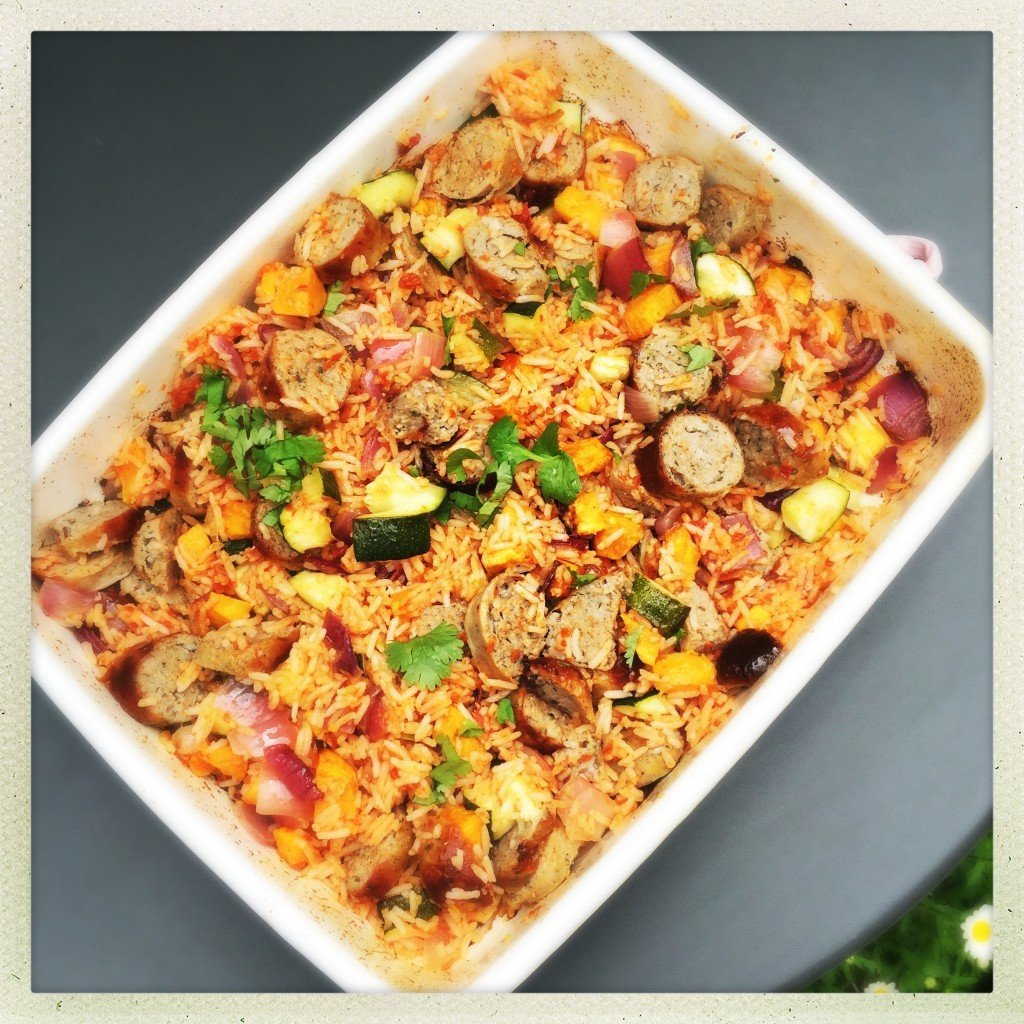 sausage and roast veg rice pot, sausage recipe, dinner recipe with sausages, sausage and veg recipe, easy family food from daisies and pie