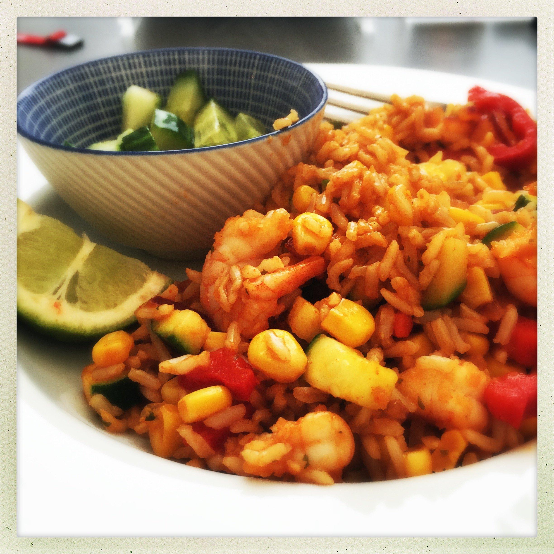 Quick Sriracha prawn fried rice