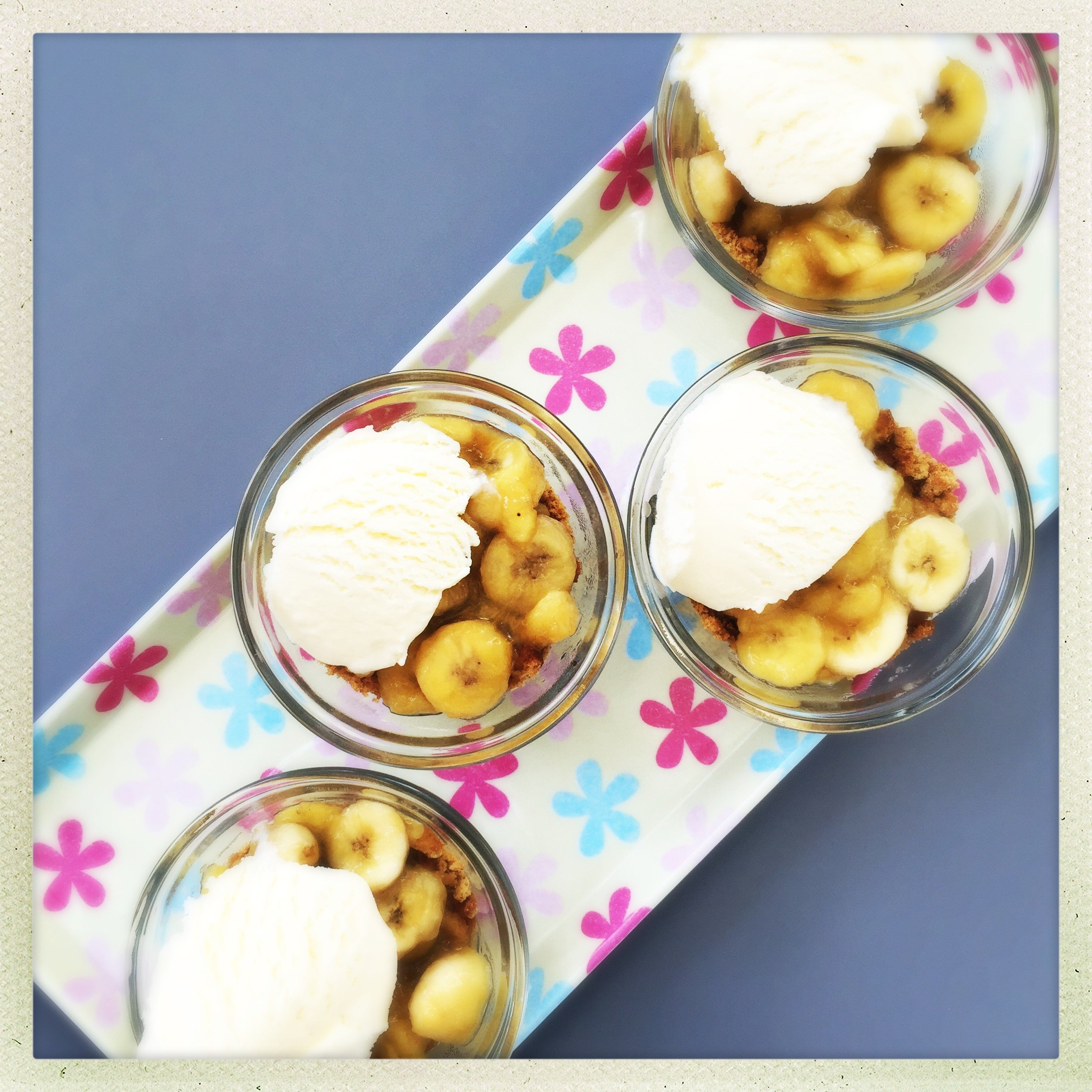 quick banoffee puddings, ways to use up over ripe bananas, easy family food from daisies and pie