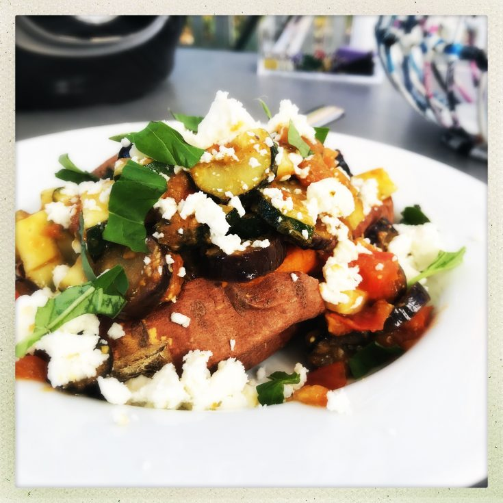 baked sweet potato with pesto veg and feta cheese, healthy lunch ideas, easy family food from daisies and pie