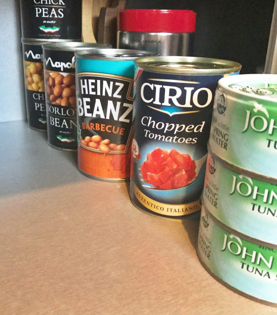Tips for organising kitchen cupboards, homekeeping, kitchen organisation ideas
