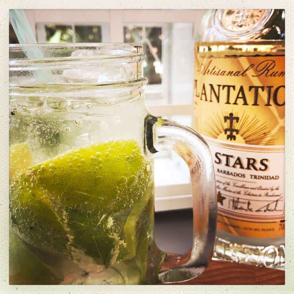 Kiwi and Lime Mojito Cocktail, Easy Cocktail recipes, Mojito recipes