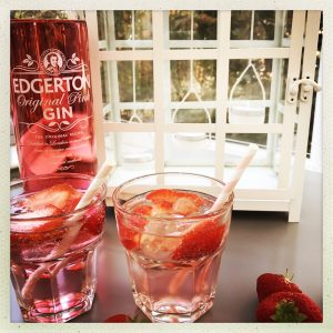 Pink gin fizz cocktail recipe, summer cocktail recipes
