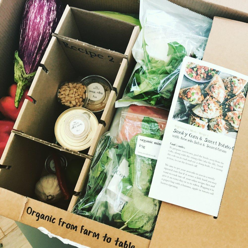 Riverford Vegetarian Recipe Box Review, organic farm box delivery, easy vegetarian dinner recipes