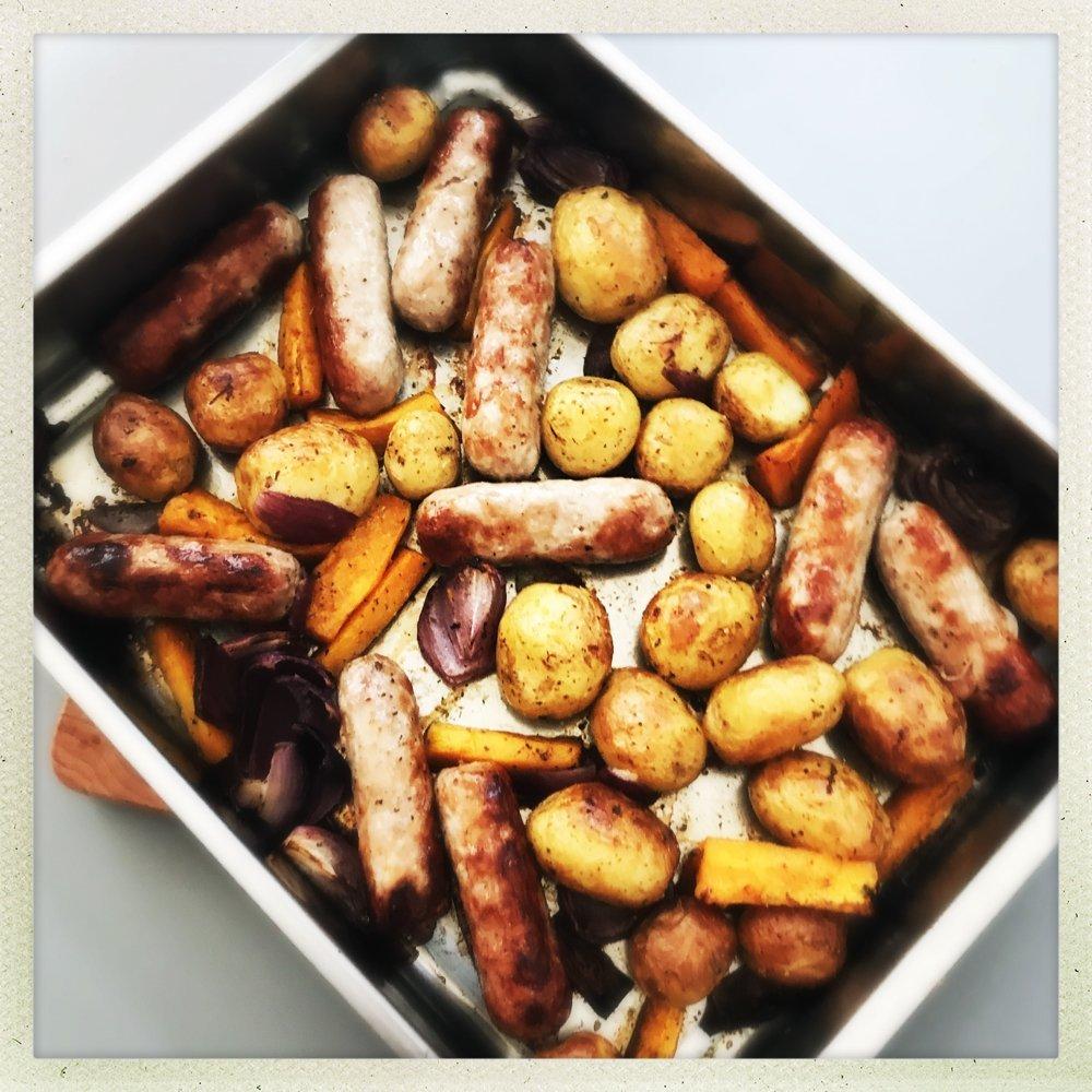 sausage traybake, Easy sausage and vegetable traybake, sausage recipes, easy dinner recipes