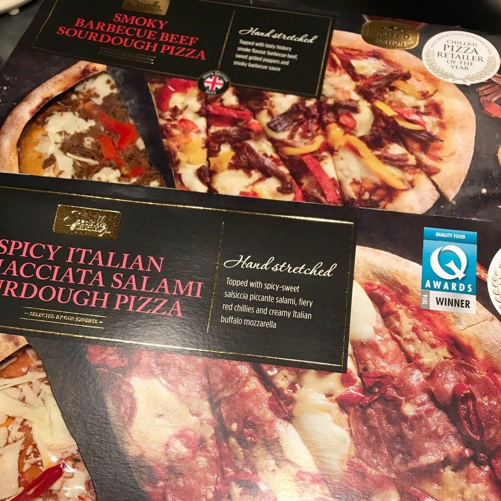 Aldi specially selected pizza, hand stretched pizza, posh pizza