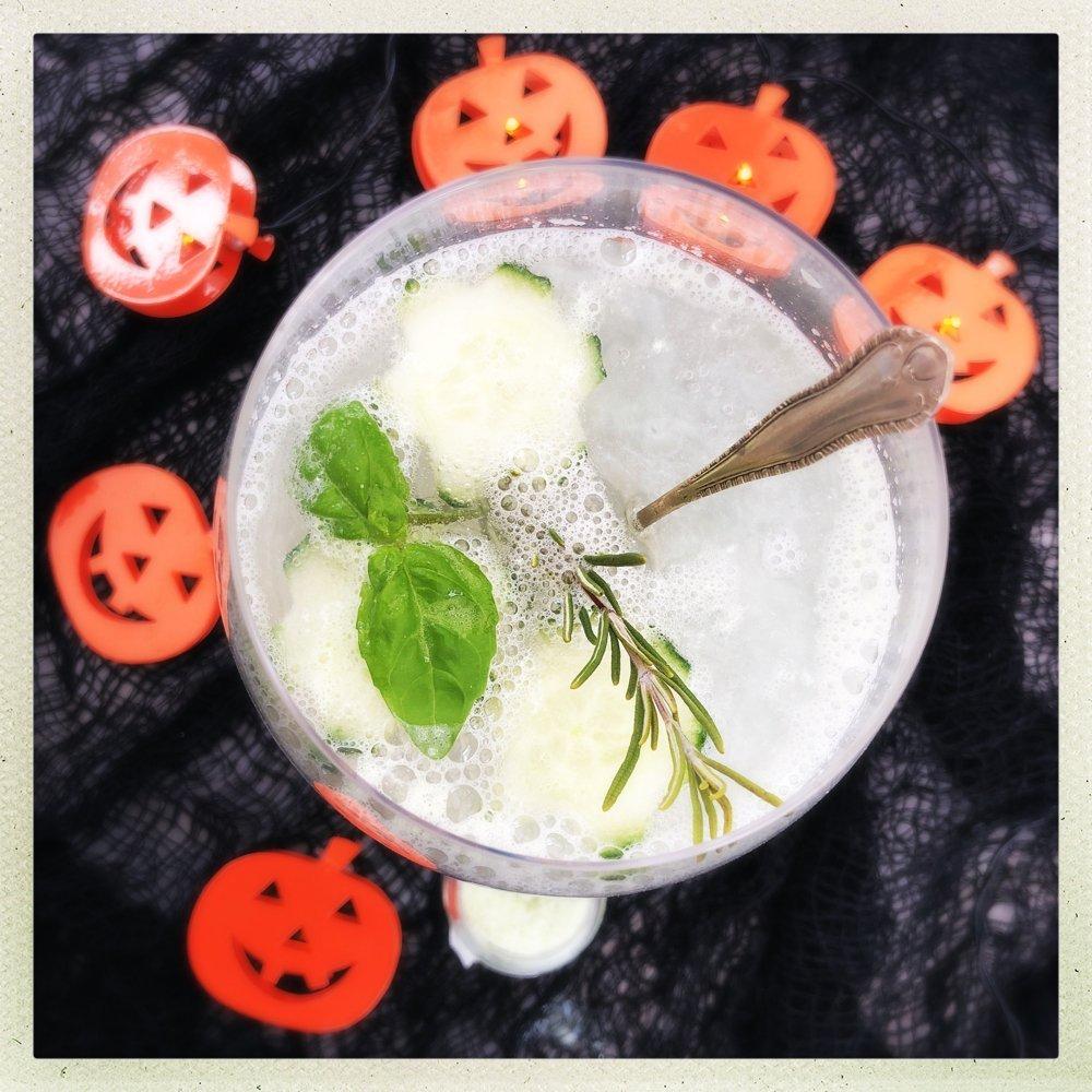 Halloween Gin & Tonic