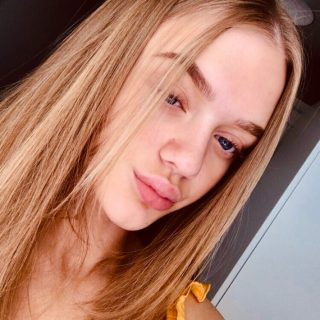blonde girl with natural make up