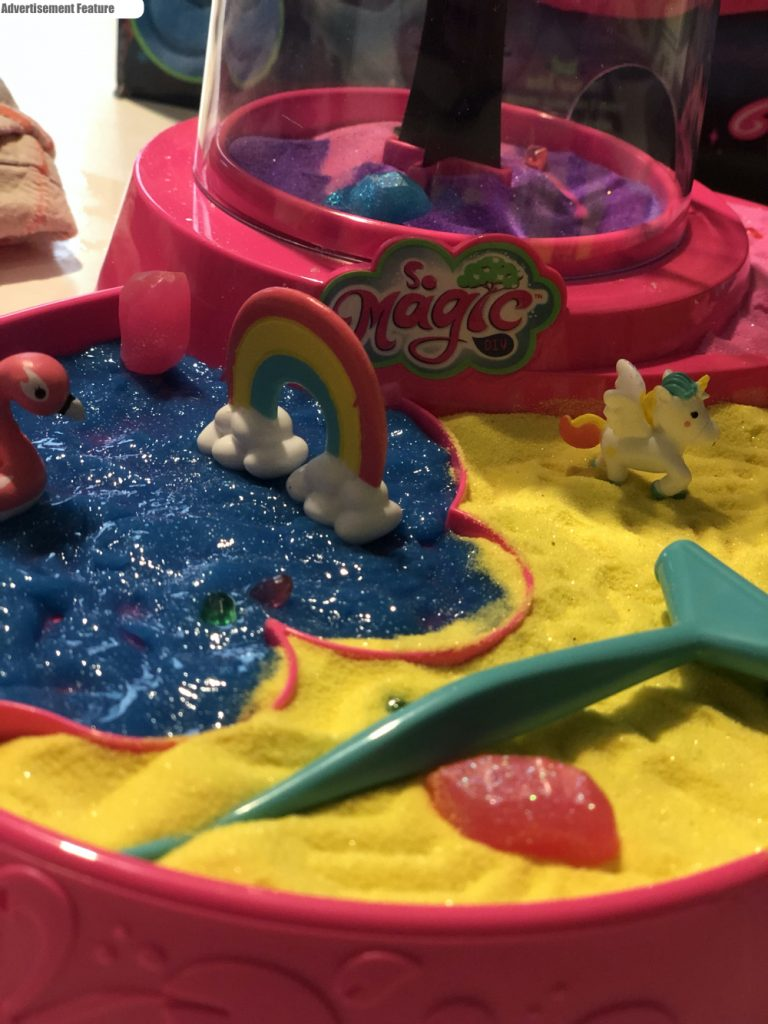 So Magic - Magic Wonder Garden set up with the little terrarium tree, sand and gel pool