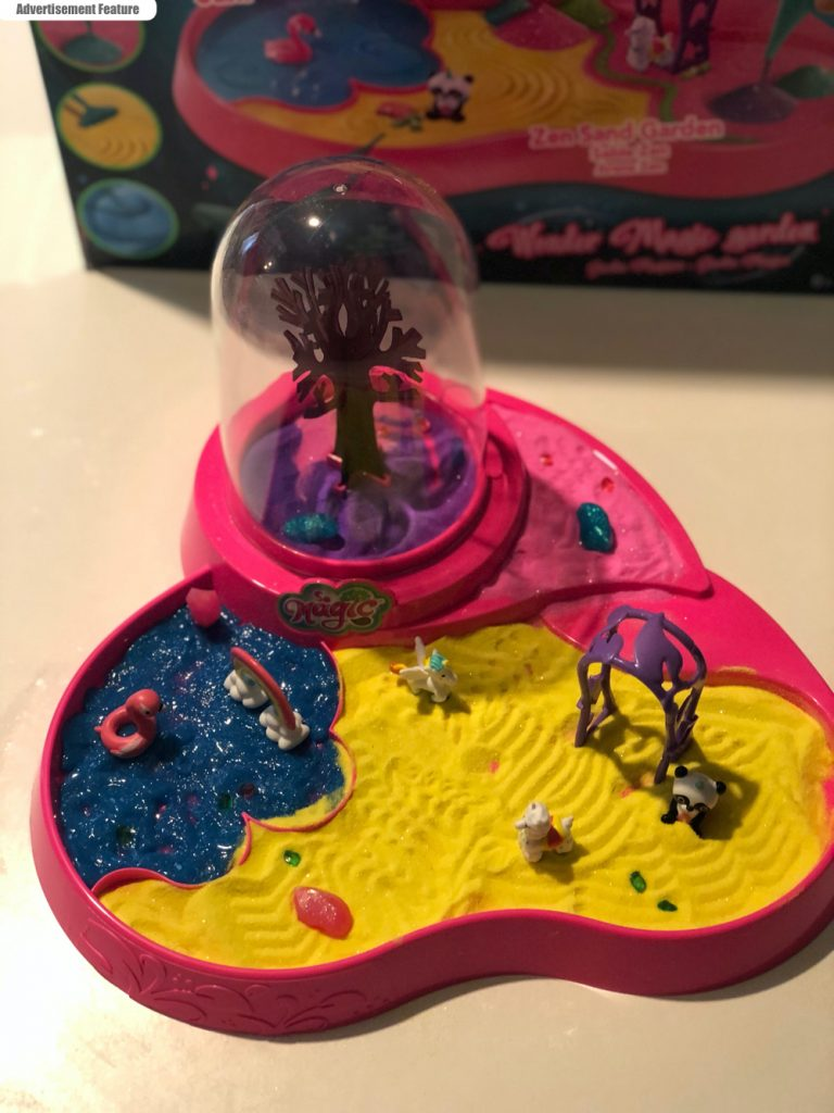 So Magic - Magic Wonder Garden set up with the little terrarium tree, sand and gel pool