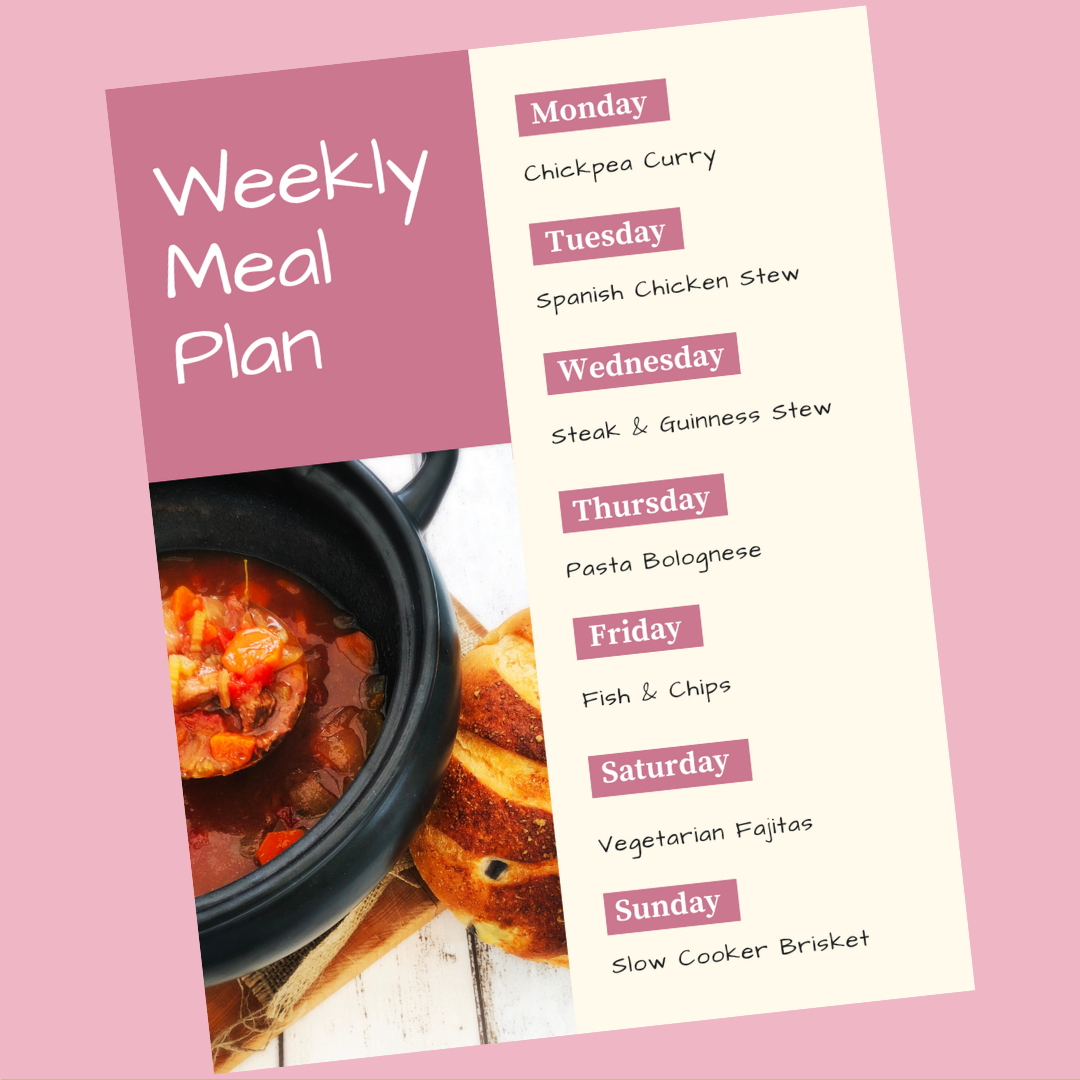 weekly meal plan with family dinner ideas - Monday - chickpea curry, Tuesday - Spanish chicken stew, Wednesday - steak and guinness stew, Thursday - pasta bolognese, Friday - fish and chips, Saturday - vegetarian fajitas, Sunday - slow cooker brisket and gravy - get the recipes www.daisiesandpie.co.uk