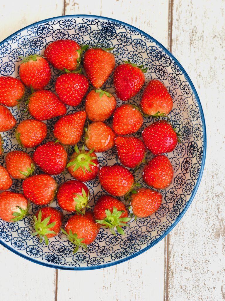 strawberry and vanilla simmer pot recipe