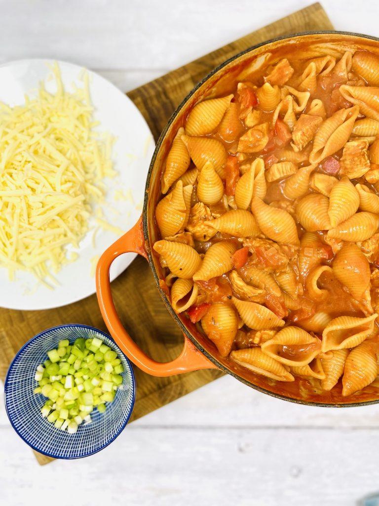 freshly cooked pasta tossed in cajun chicken pasta sauce